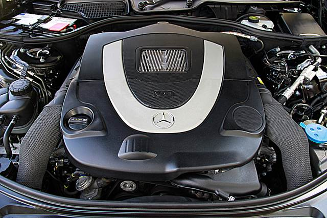 BM Leasing Mercedes S Class engine